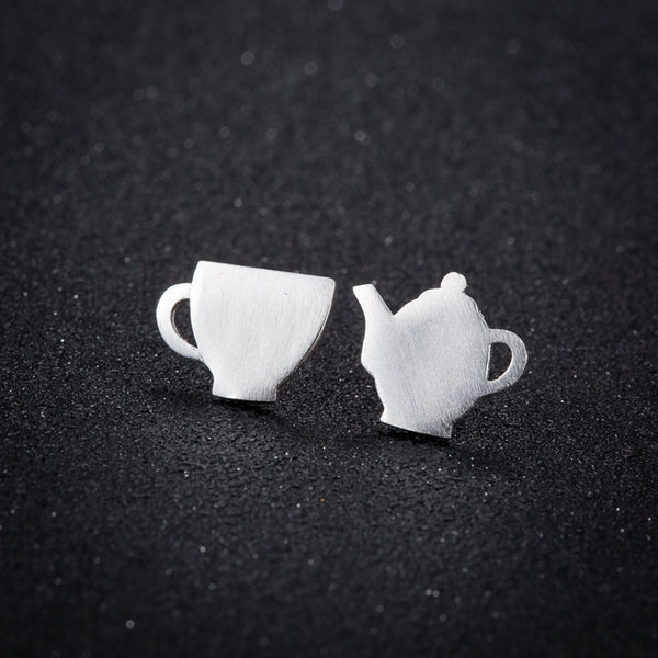 Elizabeth - Spot O' Tea Earrings