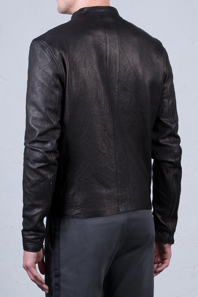 DISTRESSED LEATHER CENTRE FRONT JACKET (SIZE 54)
