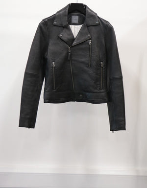 WOMEN'S LEATHER JACKET (SIZE 40)
