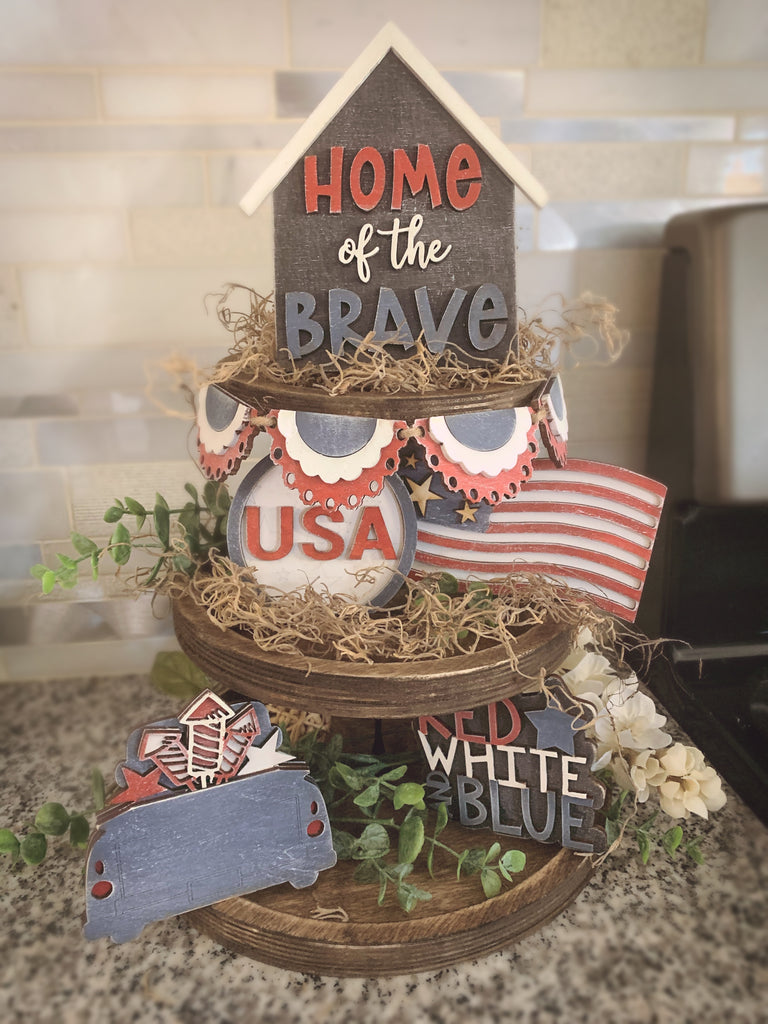 May 22nd 6:00-9:00pm Tiered tray AND patriotic tiered tray set