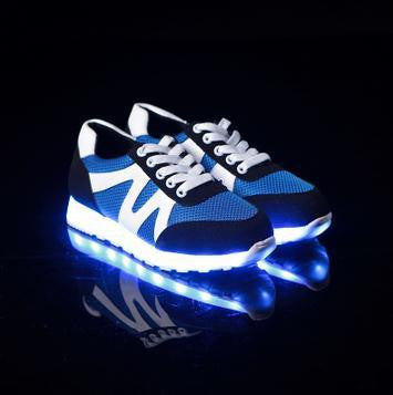 Fashion LED shoes Luminous lovers Fashion Men Shoes USB Light Up Shoes For Adults Glowing Flats 7c02