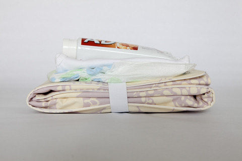 Full body All-in-One Changing Pad Wipeable and Machine-washable - Pockets for Diapers, Cream/Ointment and Wipes - Lavender flowers