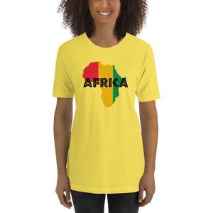 This yellow premium quality T-shirt from Natty Wear is made of 100% high-quality combed ringspun cotton. The front print portrays a map of Africa in the Rastafarian colors