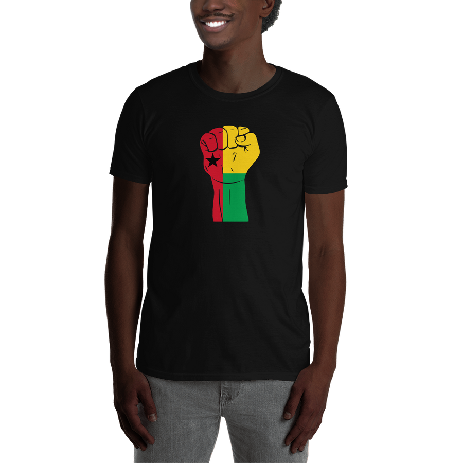 RAISED FIST 'GUINEA-BISSAU' — Men's T-shirt