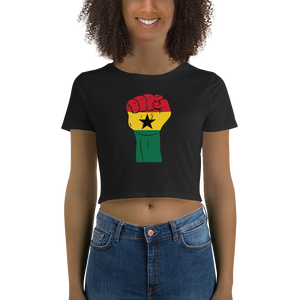 RAISED FIST 'GHANA' — Women's Crop Tee