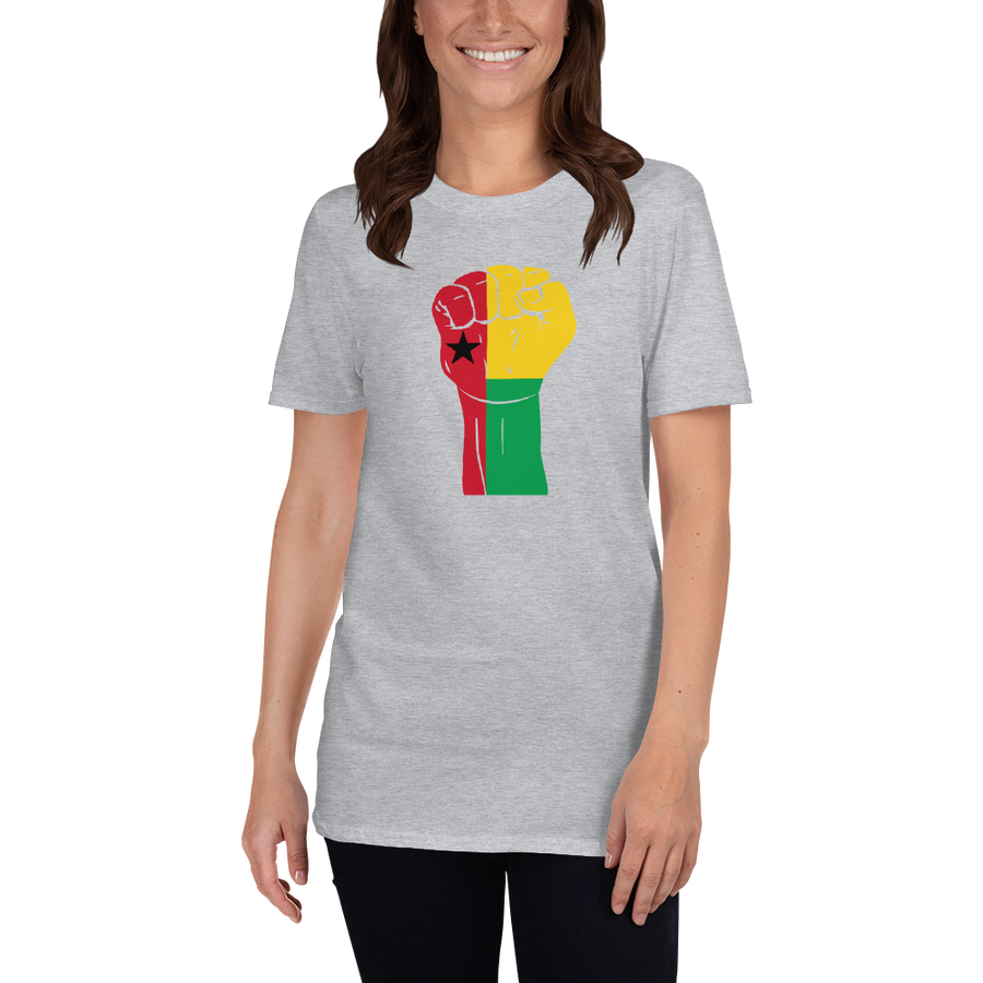 RAISED FIST 'GUINEA-BISSAU' — Women's T-shirt