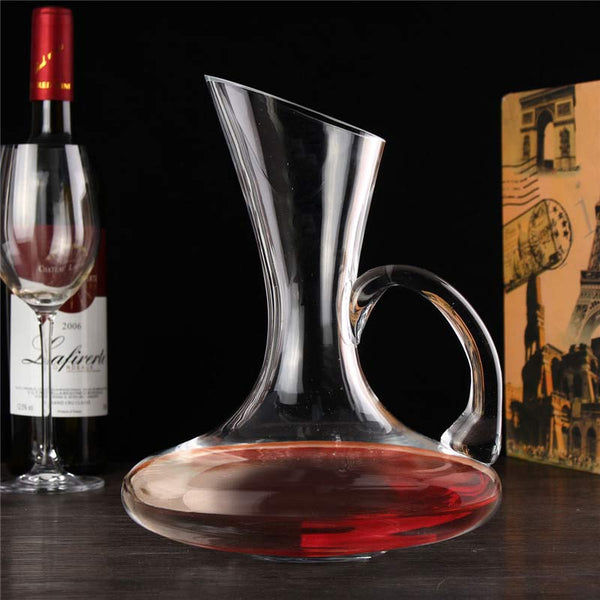 Hand-cut Crystal Decanter with Handle