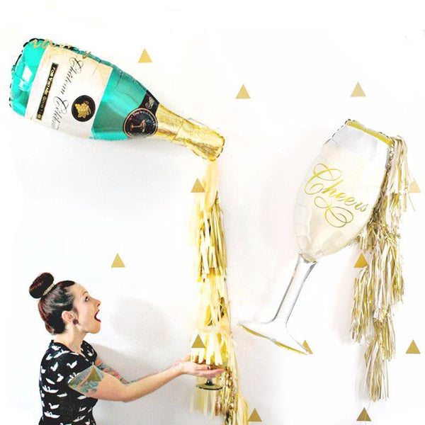 - FREE BALLOON PACK - Champagne Tassel Balloons