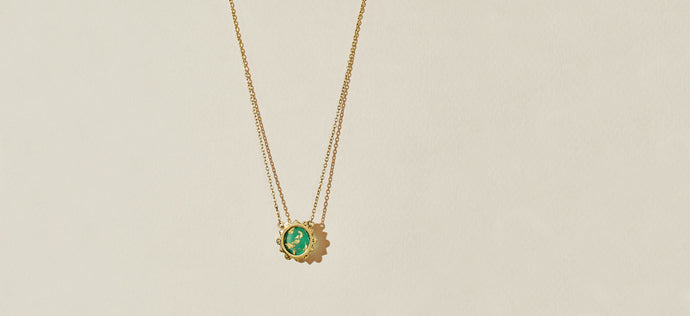 MALKA NECKLACE - GREEN ONYX COVERED IN GOLD FOIL