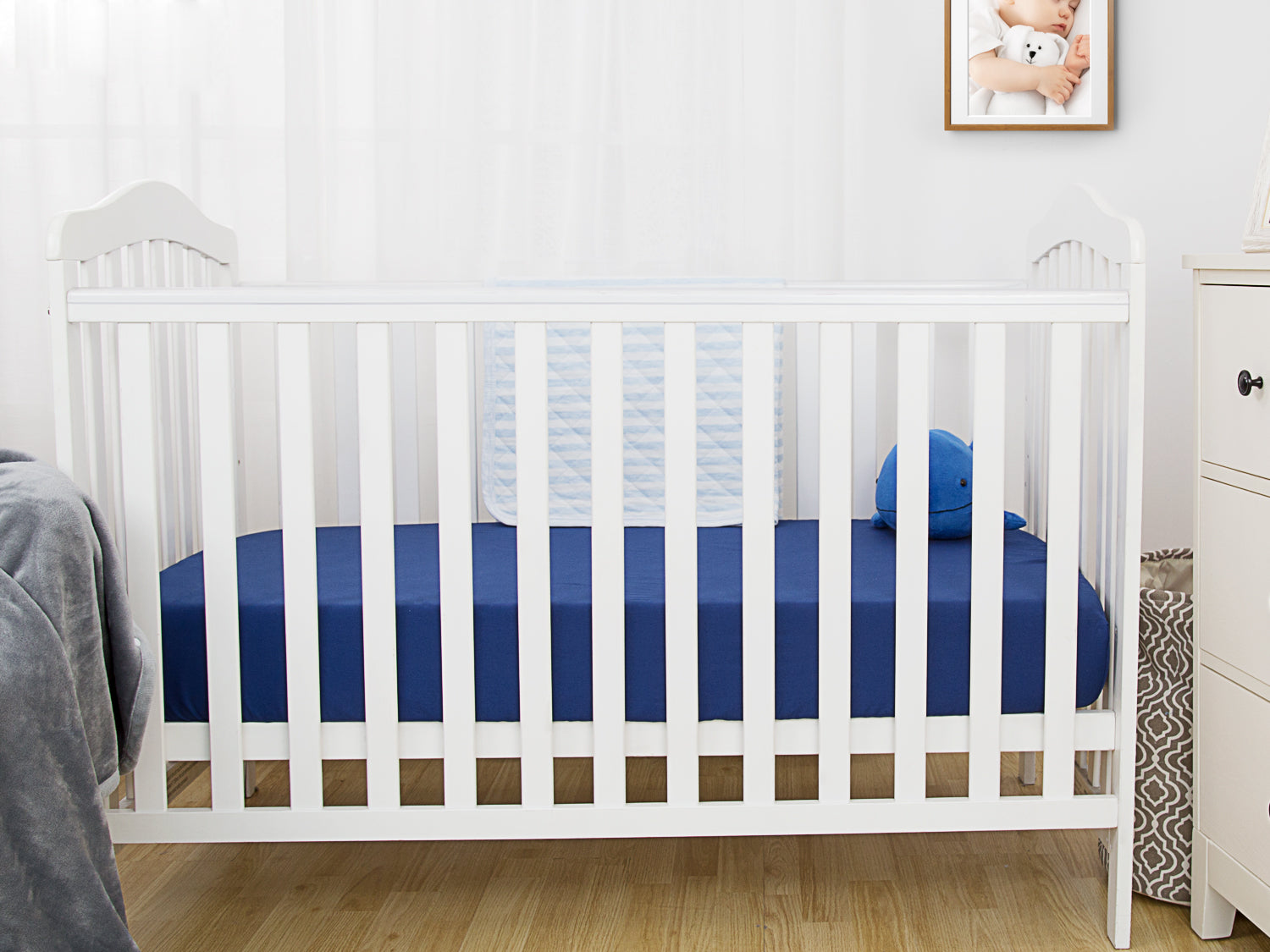 100% Cotton Crib Sheets 2PK - Pale Gray & Navy Blue