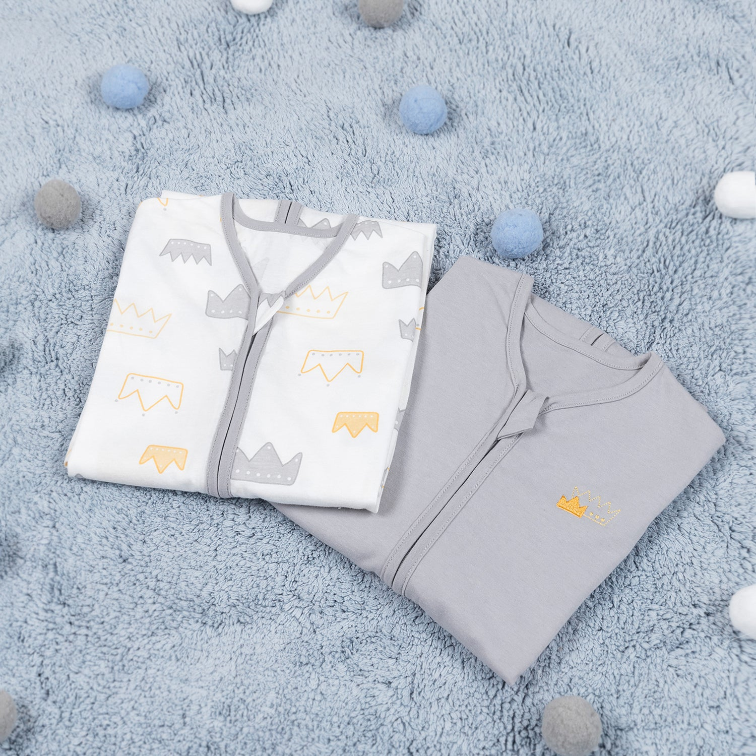 Cotton Wearable blanket / Sleeping bag - Gray Crown & Gray