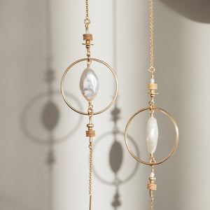 Load image into Gallery viewer, Oriane Earrings Gold