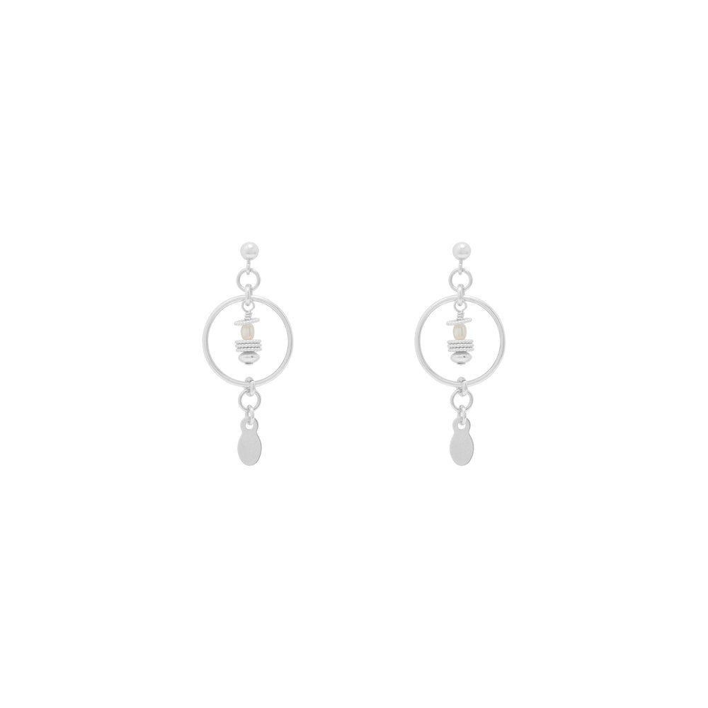 Tullie Freshwater Pearl Earrings Sterling silver