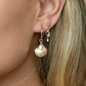 Load image into Gallery viewer, Ula Shell Hoop Earrings Sterling Silver