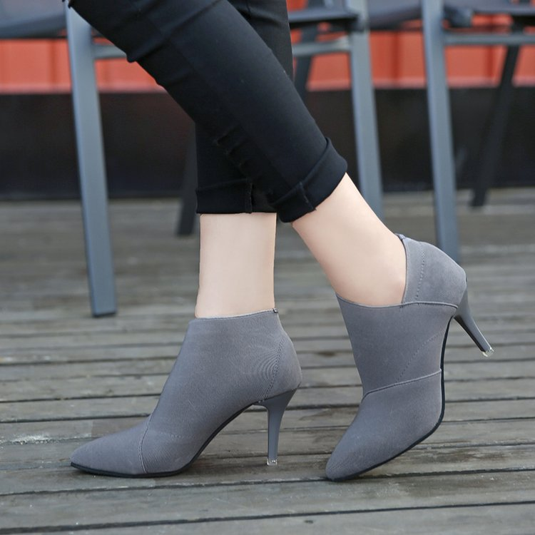 Women Retro High Heels Slip-On Boots - shopaholics
