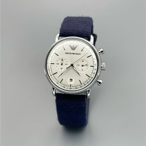 Luxurious Blue Suede Strap Wrist Watch For Men - Shopaholics