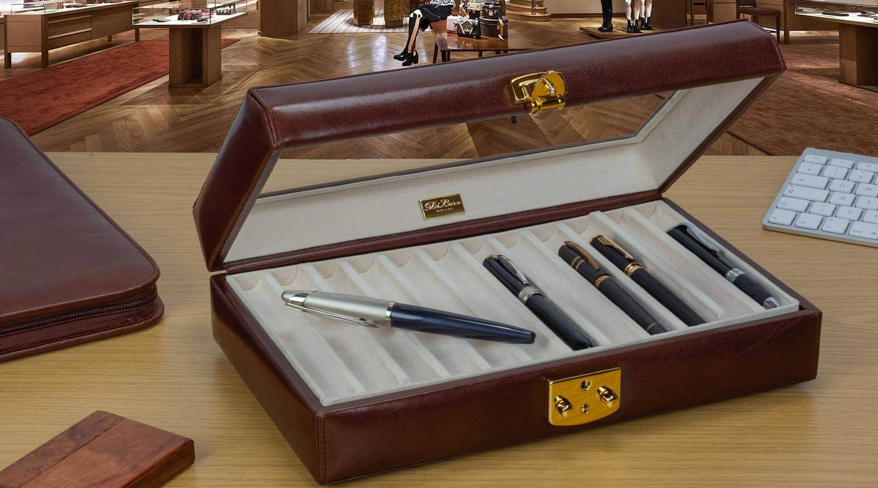 Italian Leather Display Pen Case Holders - Enjoy your beautiful pen collection with this beveled glass top Italian leather display case. DiLoro Switzerland
