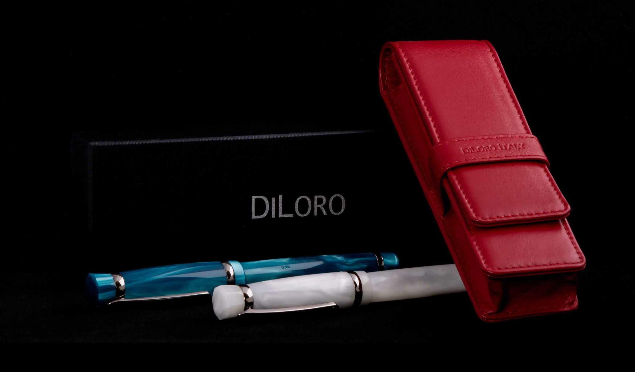 DiLoro Double Pen Case Holder in Top Quality, Full Grain Nappa Leather - Red (pens not included)