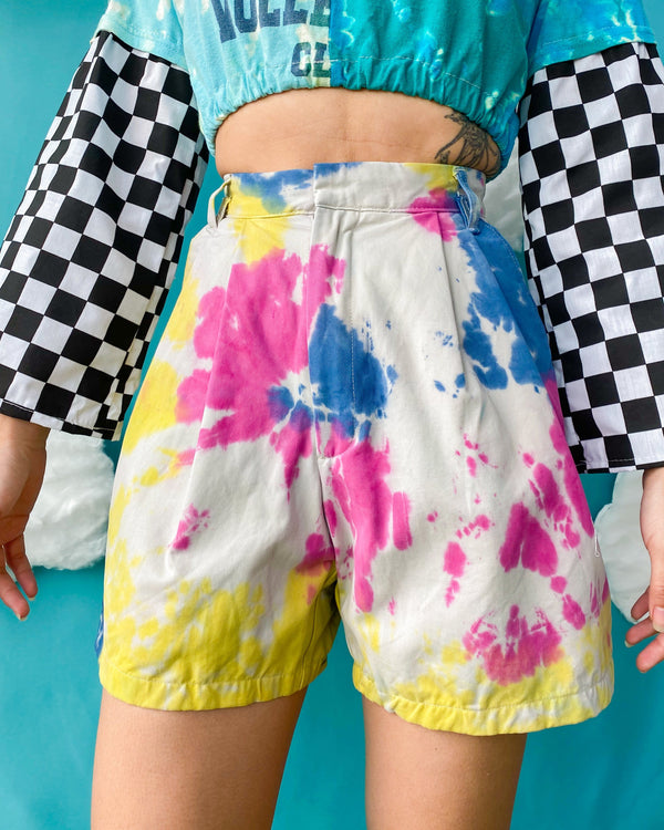 Size 24' Tie Dye Pleated Shorts SH231