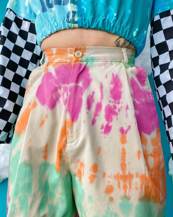 Size 23' Tie Dye Pleated Shorts SH232