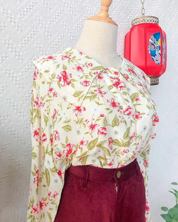 UK20 Vintage Blouse VB5405