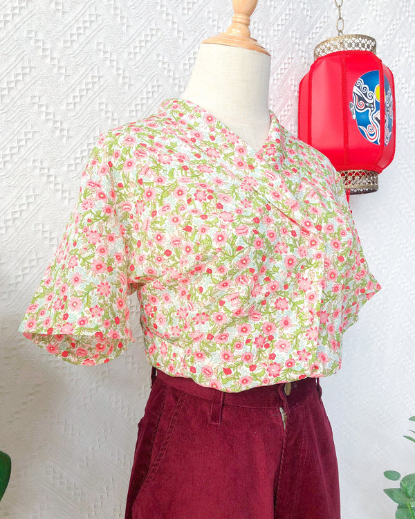 UK16-18 Vintage Blouse VB5407