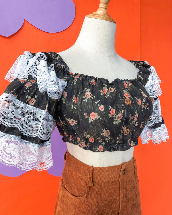 Lace Ruffle Crop VB5450