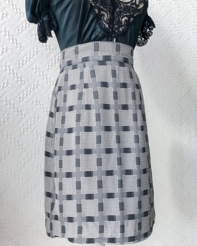 Size 24' Vintage Midi Skirt VS2156