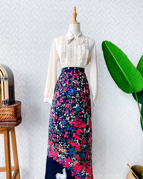Size 25' Vintage Maxi Skirt VS2206