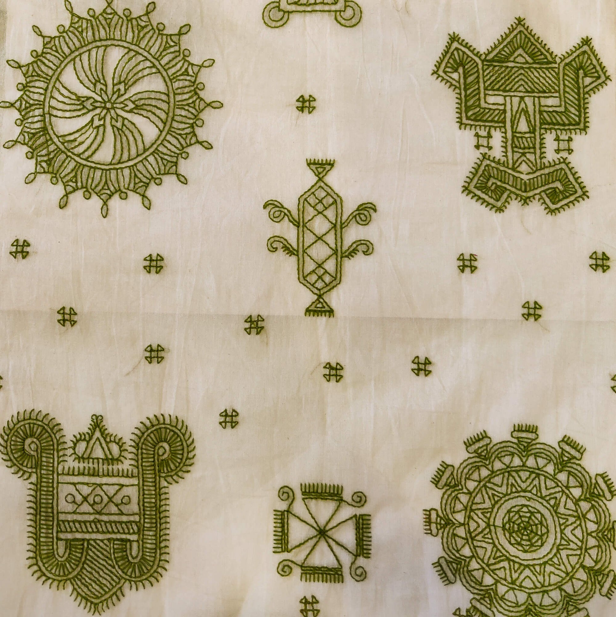 Mul Cotton Off White With Olive Green Kaatha Embroidery Fabric