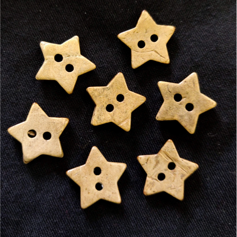 Pack Of Five Star Wooden Button