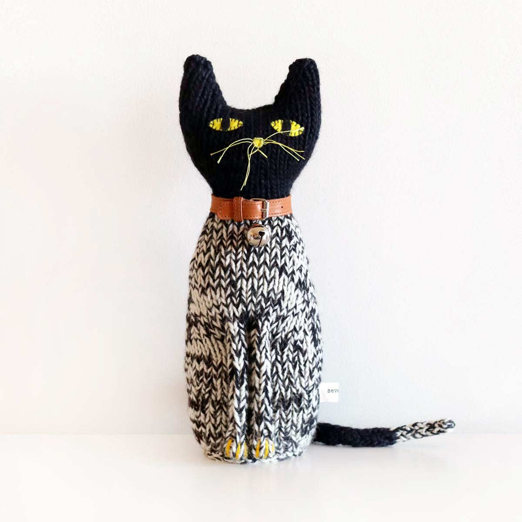Severina Kids Hand Knitted Cat Leopoldo