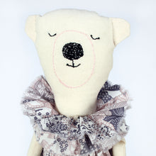 Severina Kids Zoo Londoners Polar Bear Limited Edition in Pale Pink