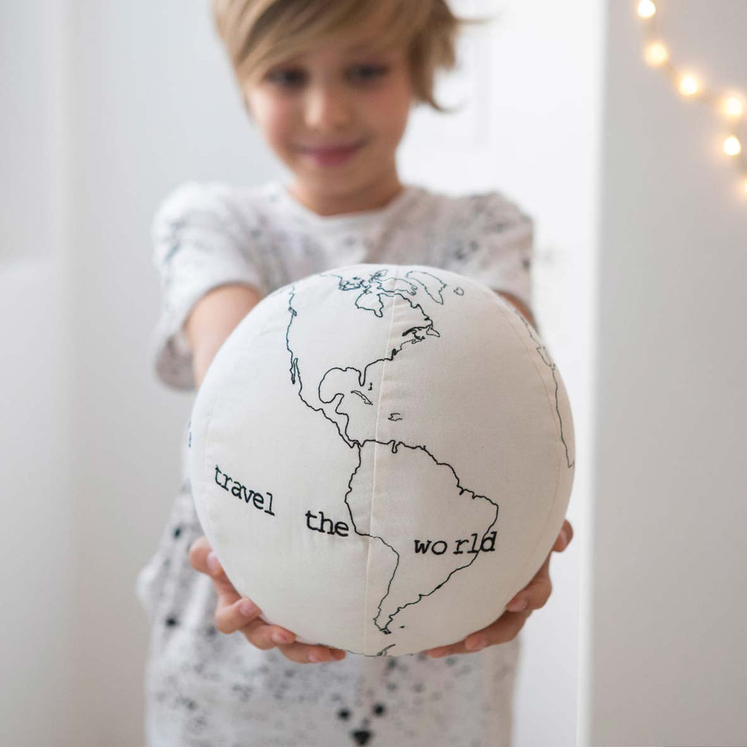 Embroidered organic cotton Globe  Severina Kids