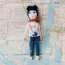 """Let's travel the World""  Dolls Brunette"