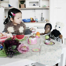 Girl playing with two Fashion Blogger Dolls - Severina Kids