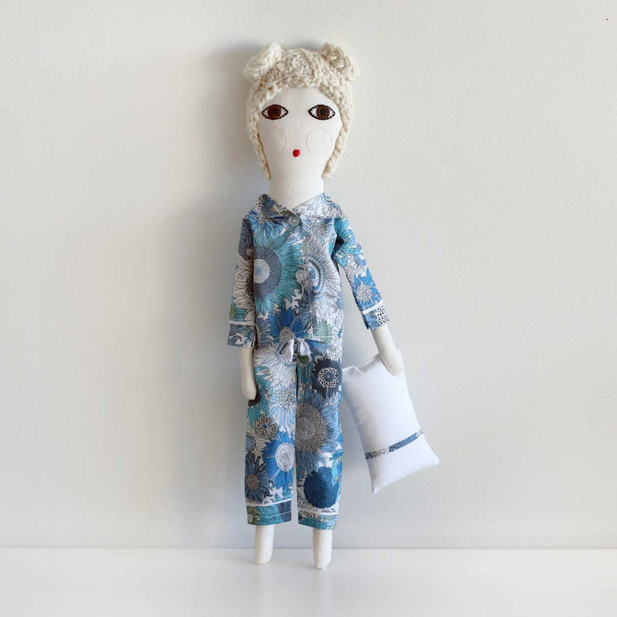 Pyjamas Doll Blond