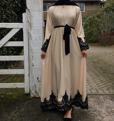 Aaliya Collections Closed Cream Amal Abaya with beautiful black lace on hem and sleeves and matching black belt