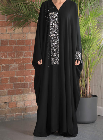 Aaliya Collections Silver stone farasha A classic black contrast with gorgeous silver stone work
