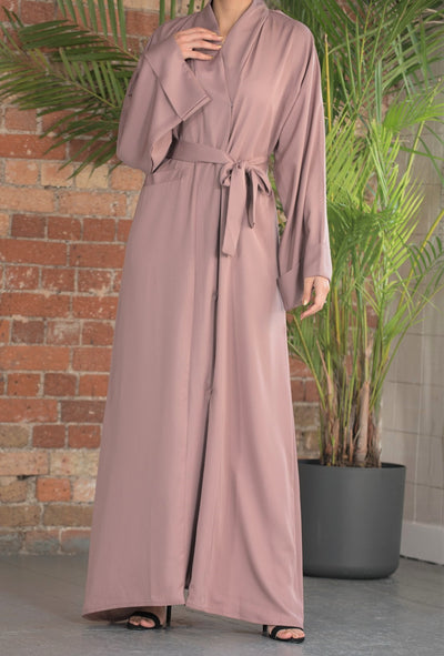 Aaliya Collections Mauve Pocket Abaya A plain pocket abaya made of high quality nidha fabric