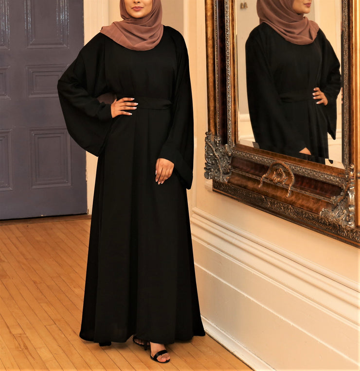 Aaliya Collections black closed abaya