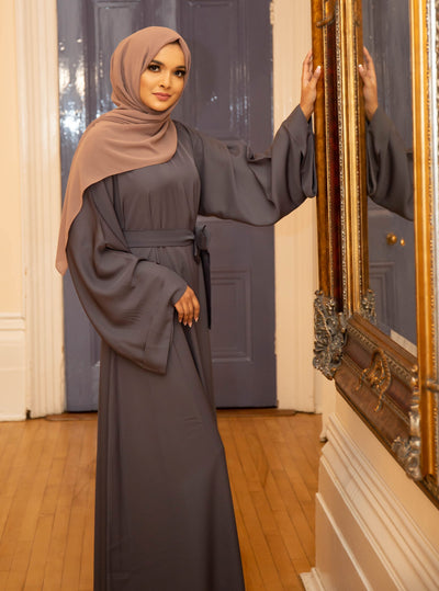 Aaliya Collections grey closed abaya