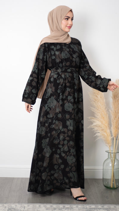 Aaliya Collections closed floral abaya A pretty closed black abaya of contrasting floral print