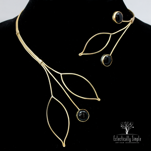 Apparel & Accessories > Jewelry Leaf Collar Necklace , Women's Necklace - Eclectically Simple, LLC