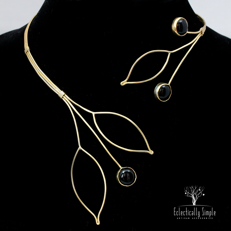 Leaf Collar Necklace - Eclectically Simple, LLC