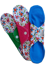 Load image into Gallery viewer, Organic Cloth Pads Dragonfly - Orethic.com