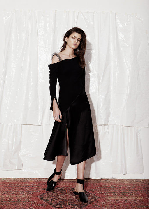 Asymmetric shoulder dress