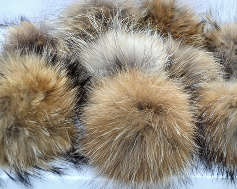 Raccoon Pom Poms - Natural Color