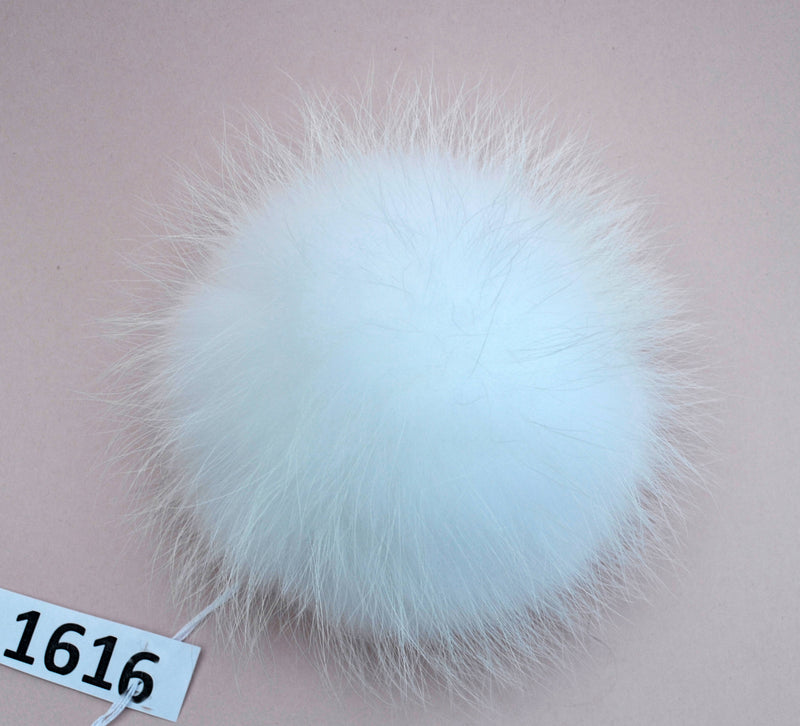 FUR POM POM! Extra Large Pom Pom Hat Real Fur White Pom Pom For Chunky Hat Knits hat Raccoon Pompom Genuine Fur Pom Handmade Real Fur Ball