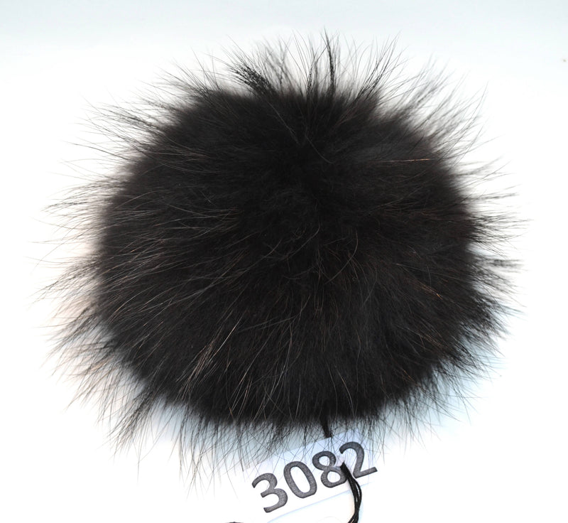 "7-9,5"" EXTRA LARGE GREY Pom Poms! Grey Raccoon Pom Pom Giant Pom Pom for Chunky Hat Beanie Tuque Winter Knit Hats  Puff Fluffy Fur Ball"